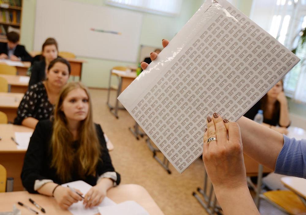 russkie-studentki-sdayut-sessiyu